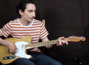 Как разнообразить гитарный аккомпанемент и песни под гитару