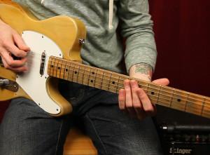 Как играть на гитаре The Doors — Break On Through