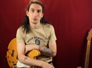 Как играть на гитаре AC/DC — Back In Black