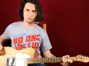 Как играть Глэм Метал на гитаре — Motley Crue Kickstart My Heart