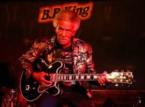 Как играть блюз на гитаре — урок от блюзмена из США Lil' Jimmy Reed