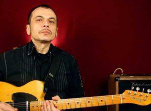 Как разнообразить рок-н-ролльные риффы на гитаре